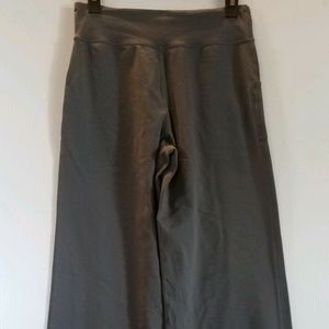 Lululemon Wide Leg Still Pants size 2 Taupe Gray